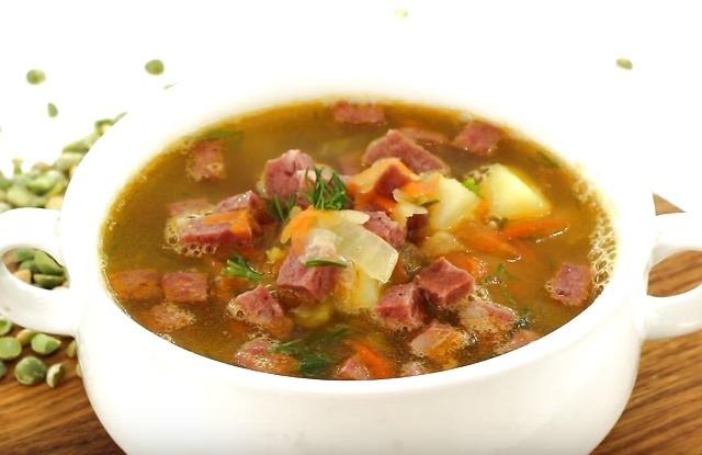 гороховый суп с копченной колбасой