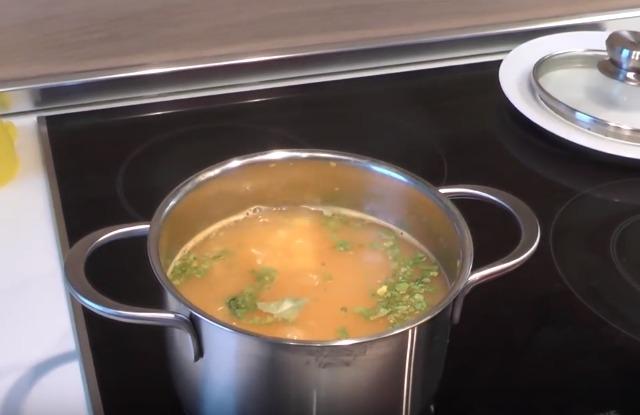 варить суп до полной готовности