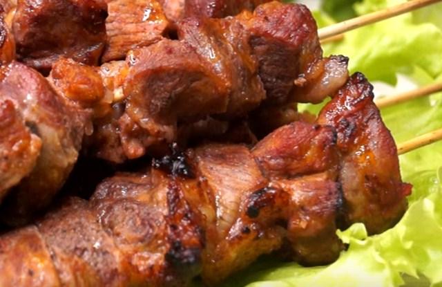 зажарить мясо