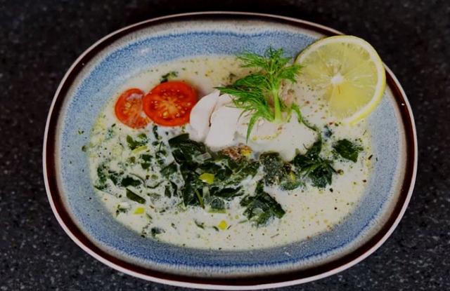 зимний суп из эстрагона с белым мясом