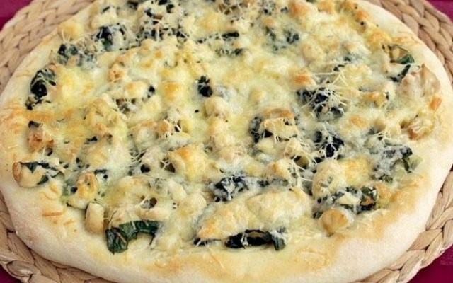 запечь пиццу в духовке