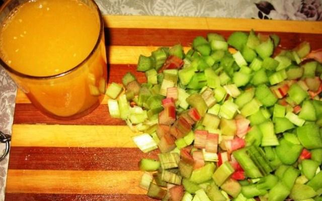 подготовить сок и ревень