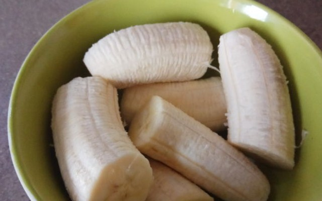 подготовить банановое пюре