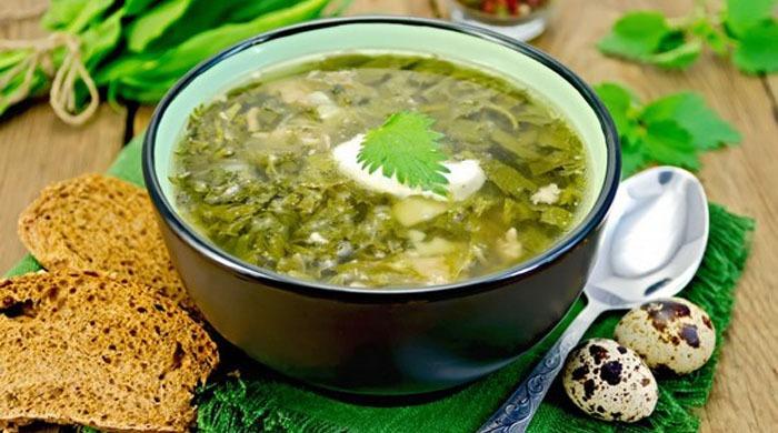 Рецепты приготовления классического щавелевого супа с яйцом и крупами