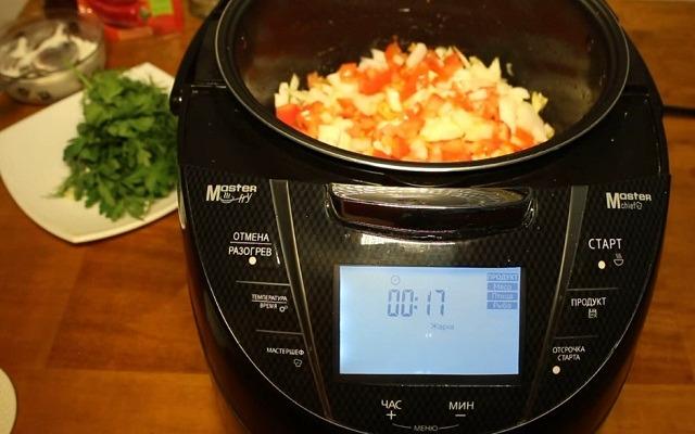 переложить овощи в мультиварку