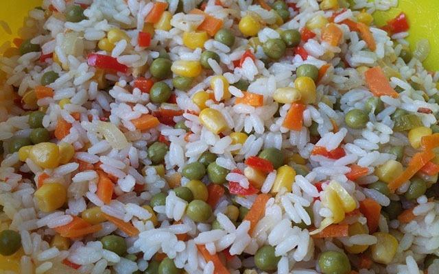 Особенный рис с овощами.