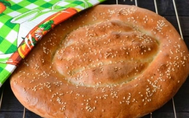 выпечь хлеб