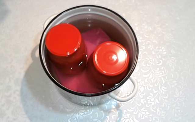 стерилизуем помидоры