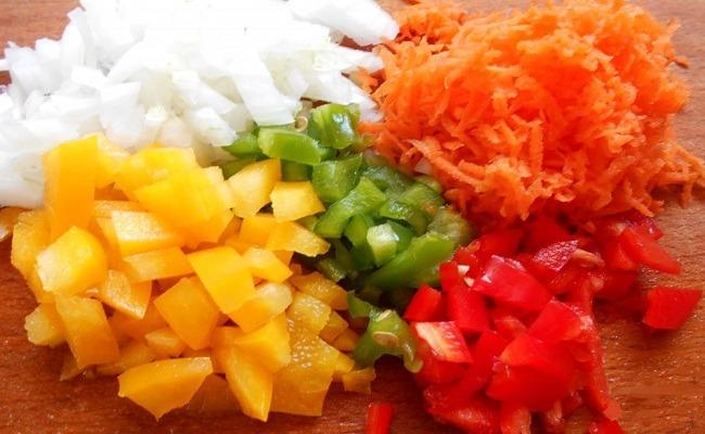 помыть, нарезать овощи