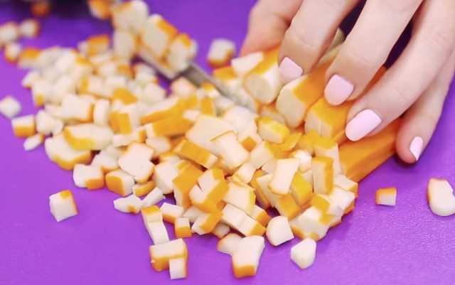 нарезать палочки