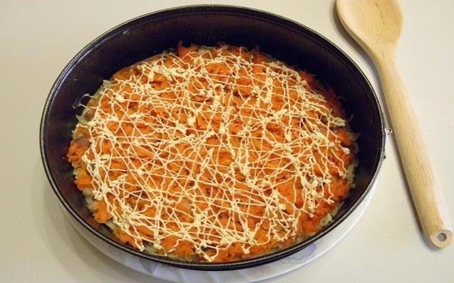 морковка, специи, соус