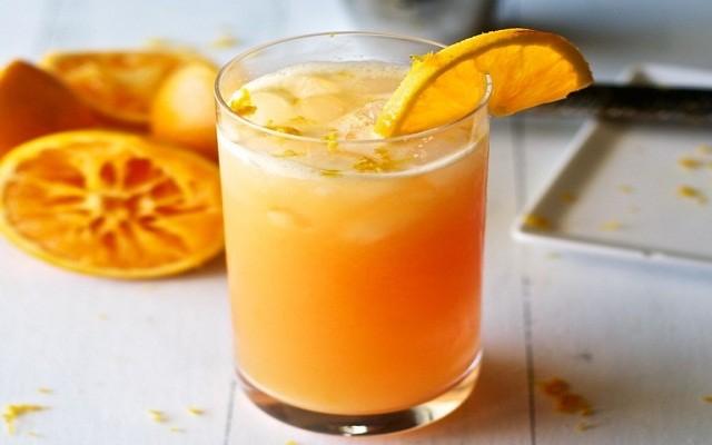 коктейль из джина с апельсиновым соком