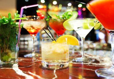 Рецепты алкогольных коктейлей — простые, оригинальные и доступные напитки в домашних условиях