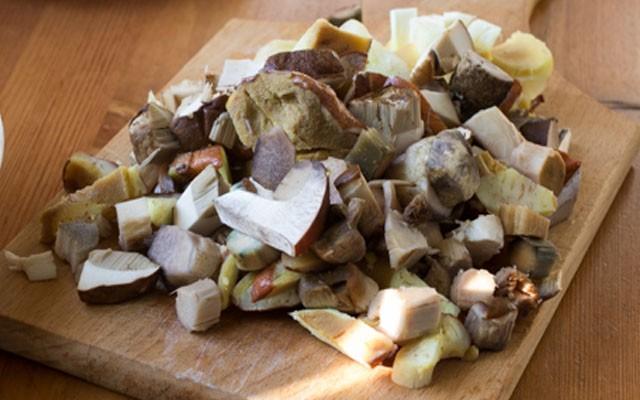 покрошить грибы