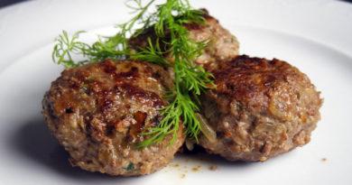 Сочные аппетитные котлеты — рецепты приготовления мяса в домашних условиях