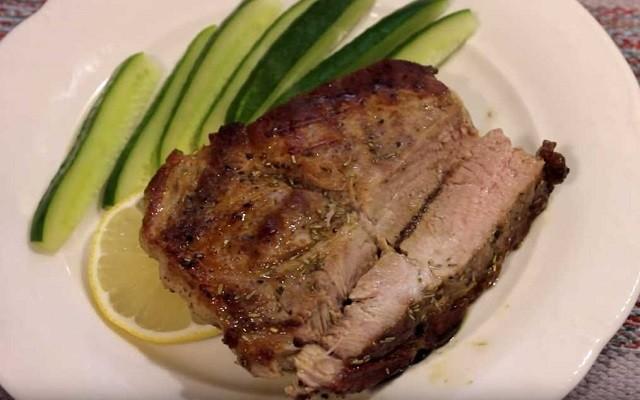 стейк из свинины