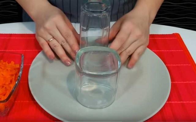 установить стаканы