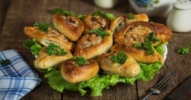 Расстегаи. Очень вкусная выпечка открытых рыбных пирожков в духовке