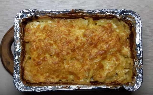 Картошка с мясом по-французски в духовке