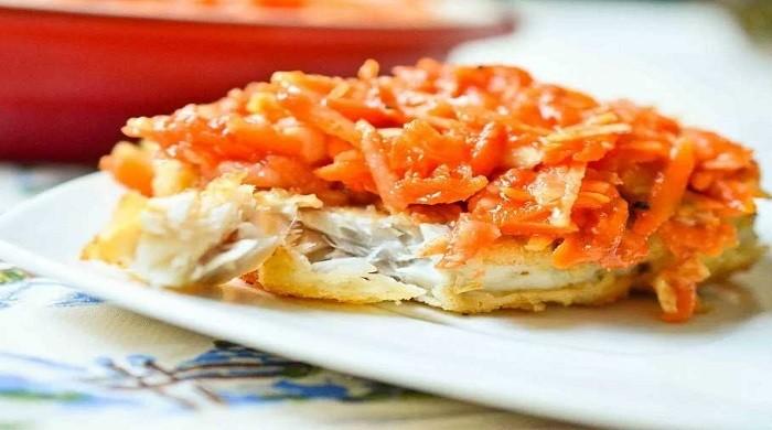Вкусная рыба под маринадом из моркови и лука по классическим рецептам, язык проглотишь