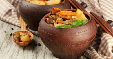 Рецепты тушёной картошки с мясом, приготовленной в горшочках, в духовке, по-домашнему