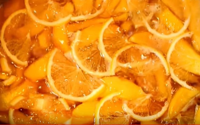 варится с лимоном