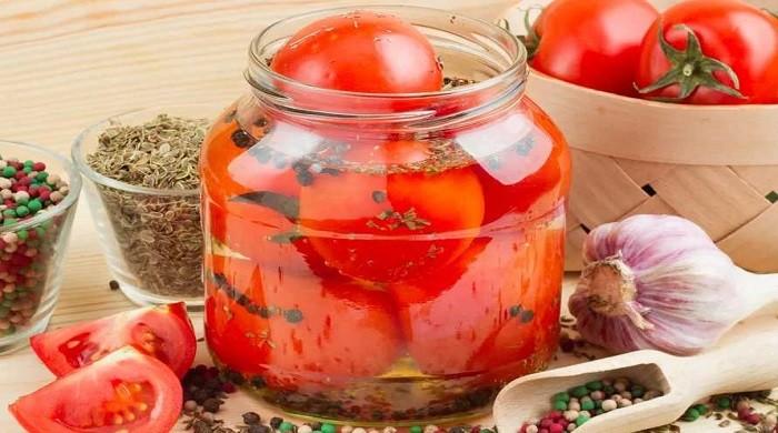 Рецепты консервирования очень вкусных маринованных помидоров на зиму
