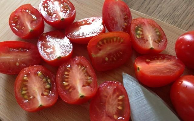 помидоры резаные