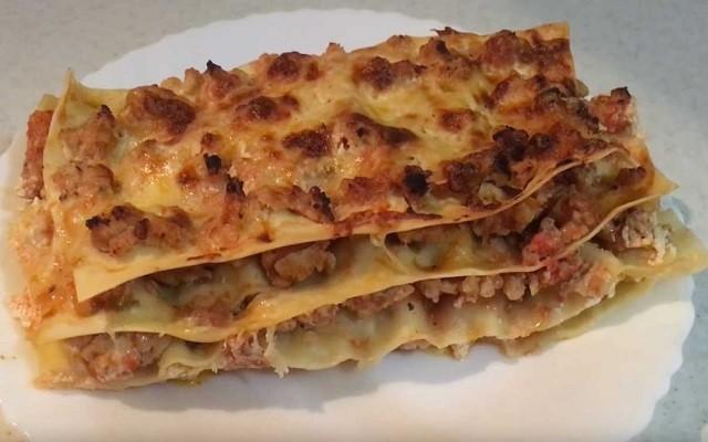 Лазанья с куриным фаршем - очень простой рецепт