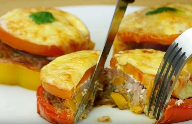 Закусочные фаршированные перцы в духовке