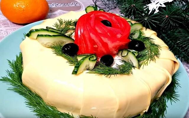 Салат из куриной печени с сыром и грибами