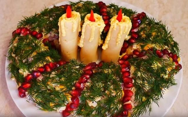 Салат Новогодние Свечки с ветчиной и сыром