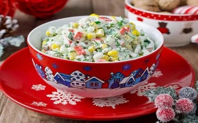 Салат с крабовыми палочками на праздничный стол