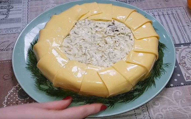 украшаем сыром