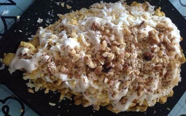 слой яиц с орехами