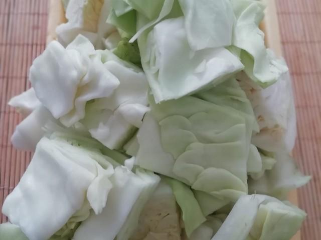 нарезаем капусту